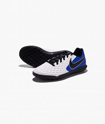 Nike Legend 8 Club TF